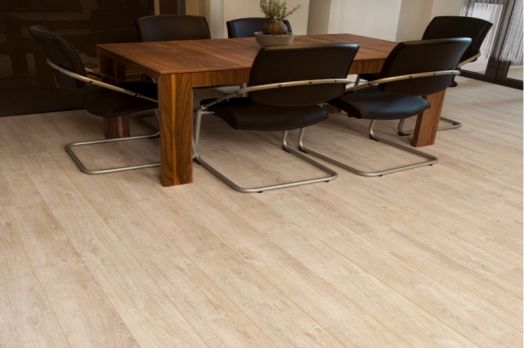 Laminátová podlaha Dynamic XL 4V (AC4, 8 mm)